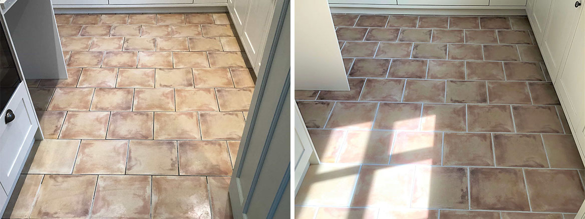 Patchy Grout Before and After Recolouring in Worcester Kitchen